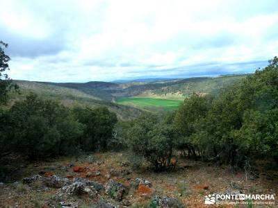Barranco Río Dulce; senderismo picos europa; tienda de viajes;viaje senderismo verano